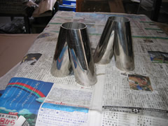 自動車のマフラー分岐管
